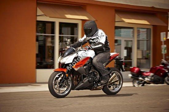 Kawasaki Z1000 2010 4255