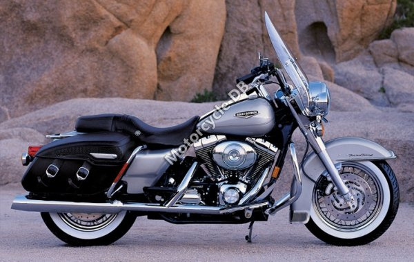 Harley-Davidson FLHRCI Road King Classic 2005 10598
