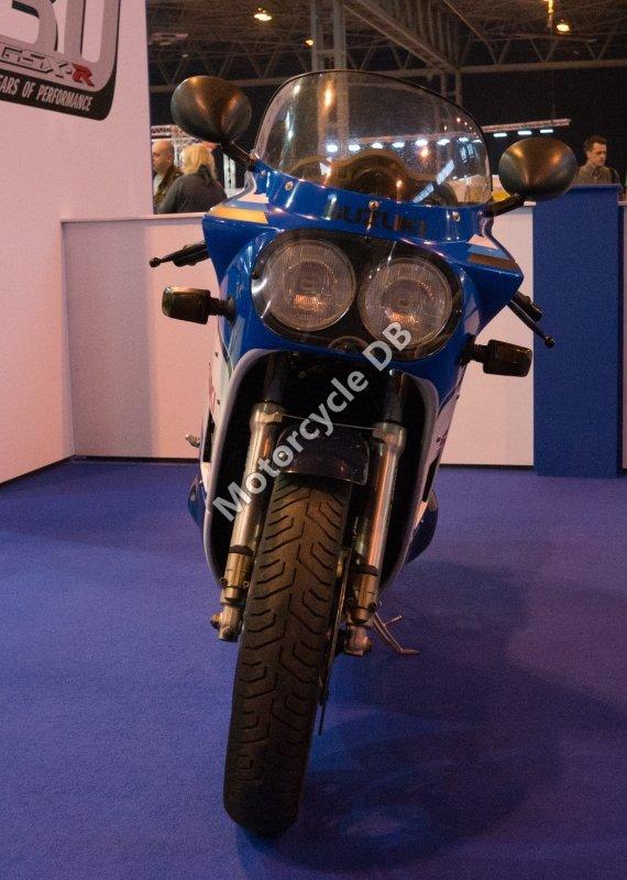 Suzuki GSX-R 750 1988 27760