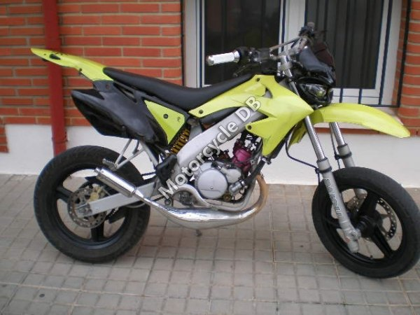 Motorhispania RYZ 49 Supermotard 2009 18256 Thumb