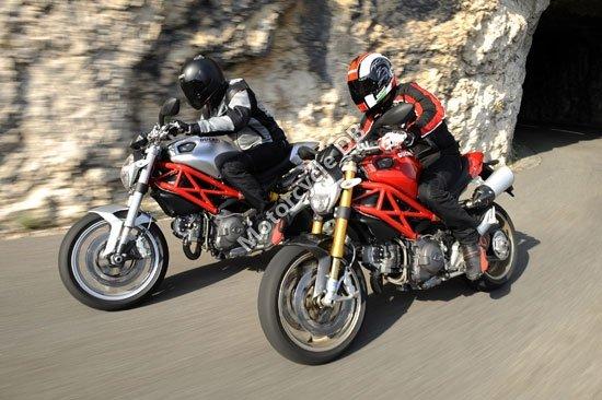 Ducati Monster 1100S 2009 3458