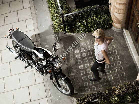 Triumph Bonneville T100 2011 4963