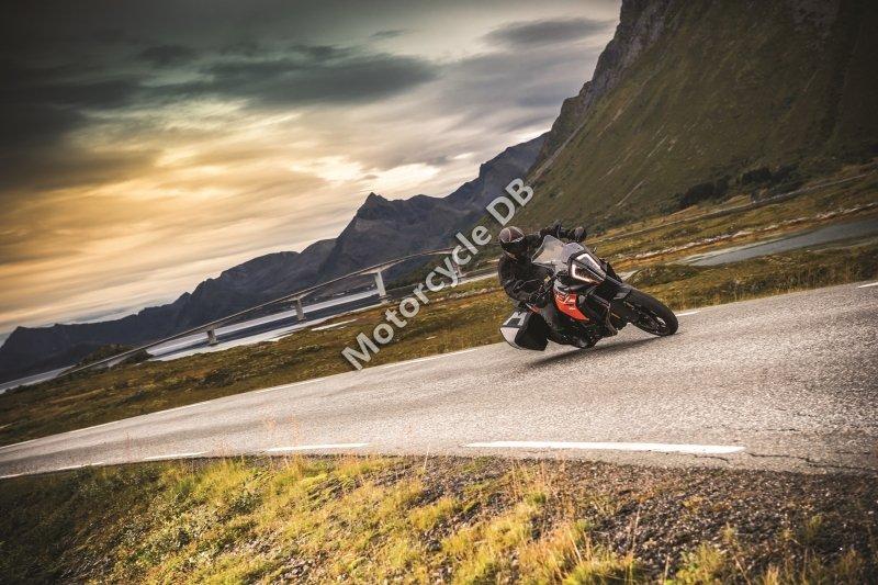 KTM 1290 Super Adventure S 2017 28726