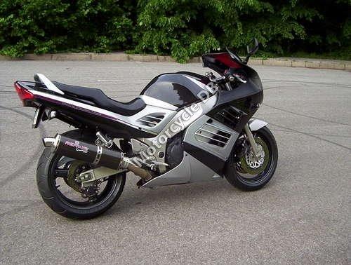 Suzuki RF 900 R 1998 8553