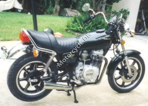 Yamaha XS 400 DOHC 1990 10994