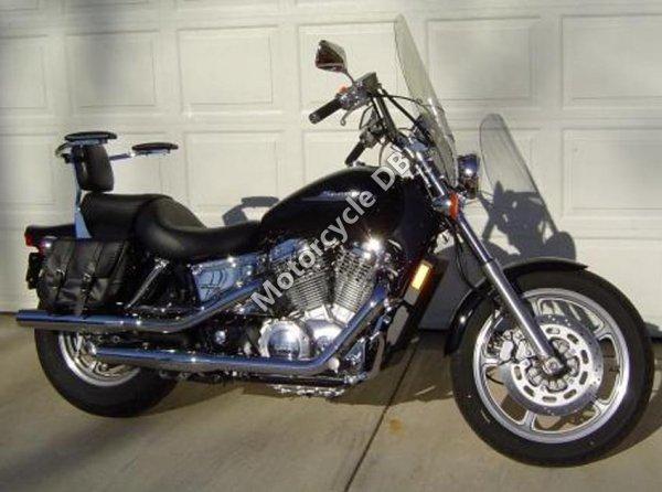 Honda Shadow Spirit 2004 17160
