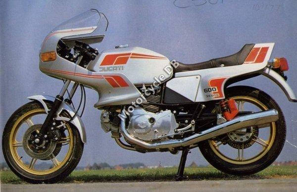 Ducati 600 TL Pantah 1982 12429