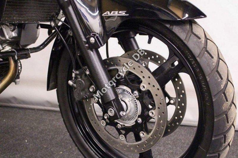 Suzuki V-Strom 650 2010 28238