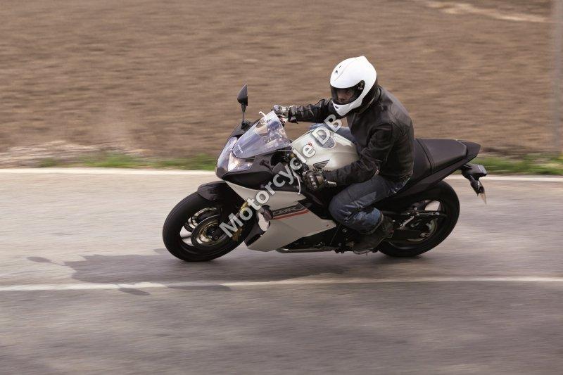 Honda CBR600F 2013 30013
