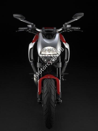 Ducati Diavel 2011 4752
