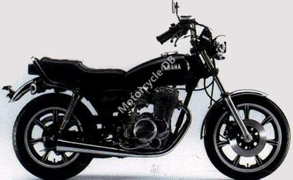 Yamaha XS 400 US. Custom 1980 19680