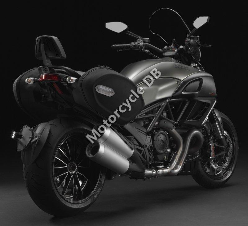 Ducati Diavel Strada 2014 31395