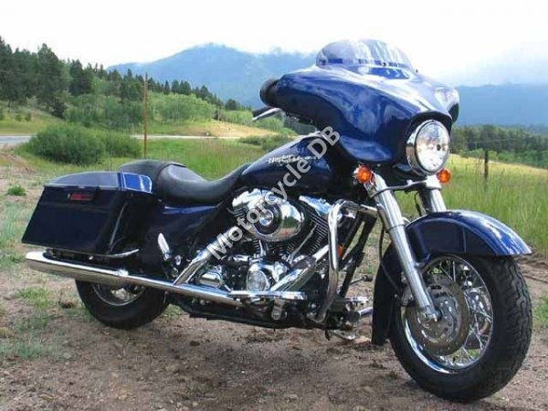Harley-Davidson FLHXI Street Glide 2006 17059