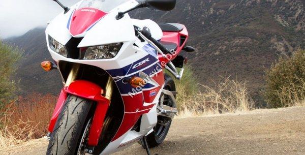 Honda CBR600RR 2014 23754