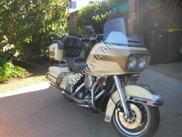 Harley-Davidson FLTC 1340 Tour Glide Classic 1988 8647 Thumb