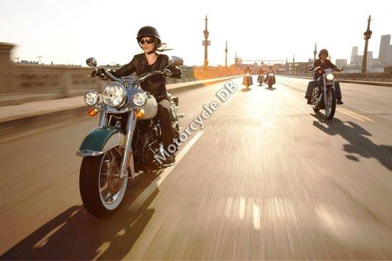 Harley-Davidson FLHRC Road King Classic 2009 3138