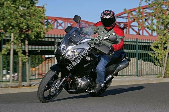 Suzuki V-Strom 1000 2007 2071