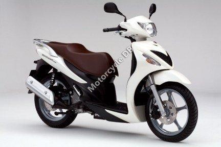 Suzuki Sixteen 125 2010 14653