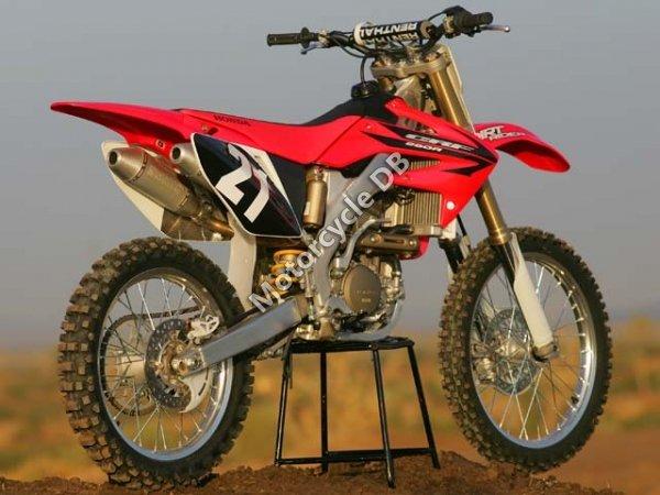 Honda CRF 250 R 2006 8974