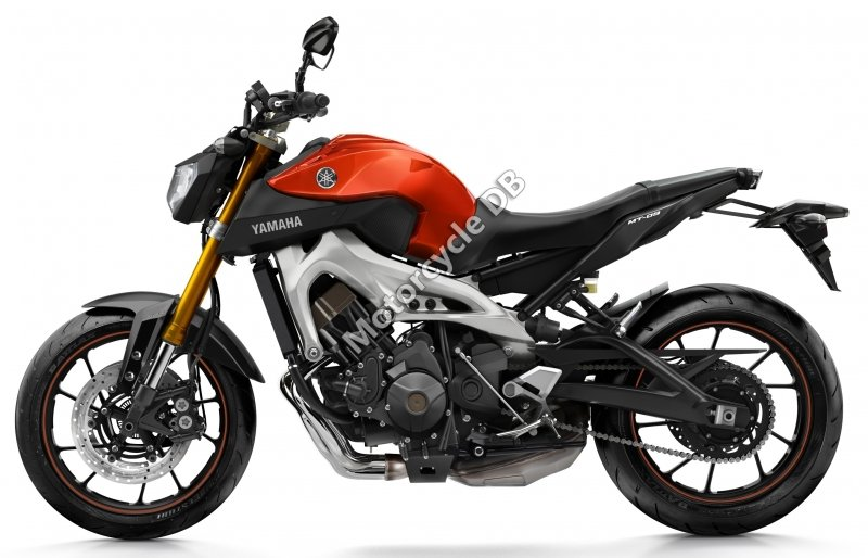 Yamaha MT-09 2015 26047 Thumb