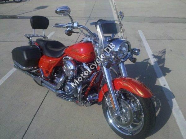 Harley-Davidson FLHRSE Screamin` Eagle Road King 2008 12822