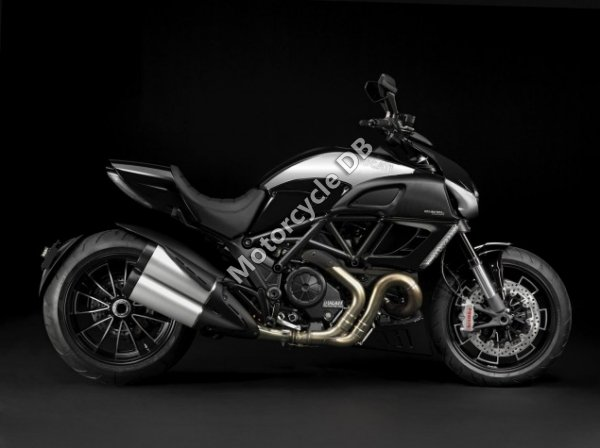 Ducati Diavel Cromo 2013 23144