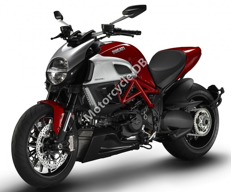 Ducati Diavel 2012 31335