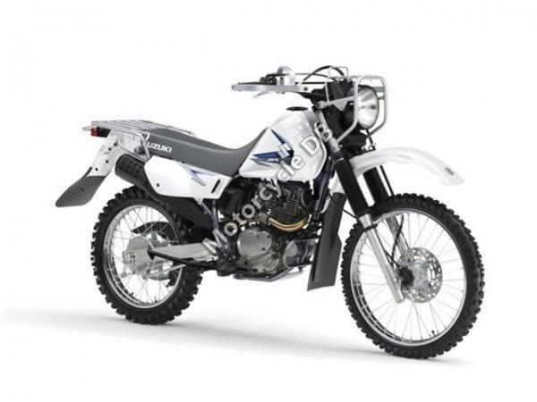 Suzuki Trojan 2014 23616