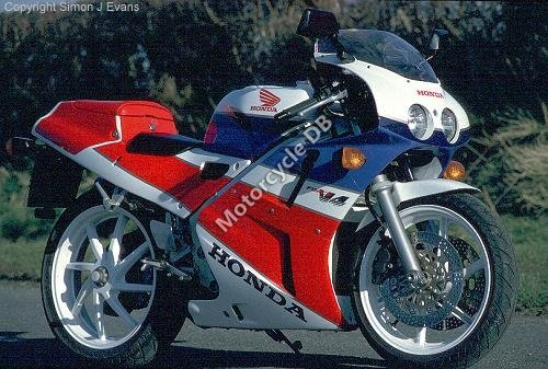 Honda VFR 750 R / RC 30 (reduced effect) 1990 17931