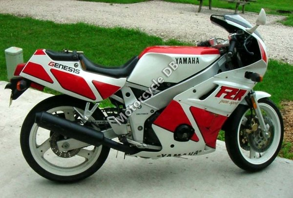 Yamaha FZR 400 1988 9338