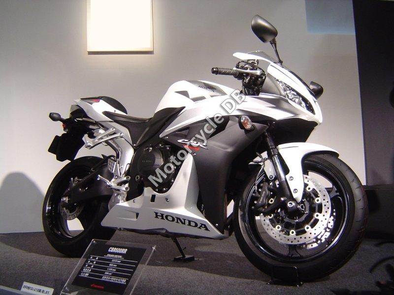 Honda CBR 600 RR 2008 30550