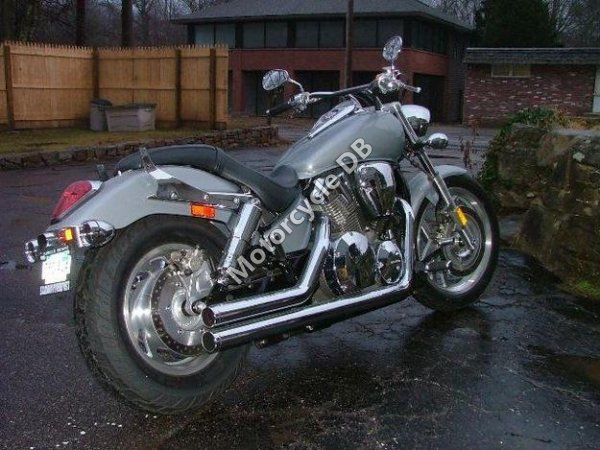 Honda VTX 1300 2004 17281