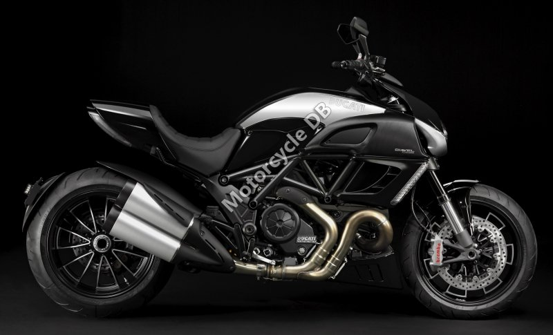 Ducati Diavel Cromo 2013 31383