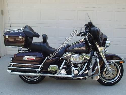 Harley-Davidson FLHTCI Electra Glide Classic 2006 10549