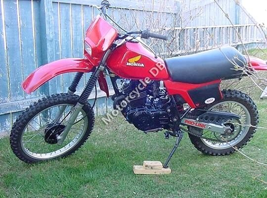 Honda XL 250 R 1982 8233 Thumb