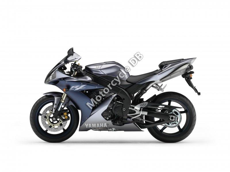 Yamaha YZF-R1 2005 25727