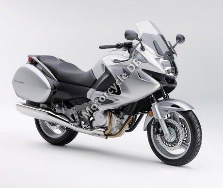 Honda NT700V 2010 20478