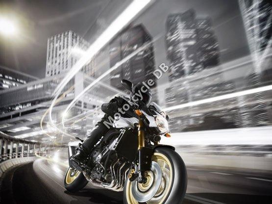 Yamaha FZ8 2011 5002