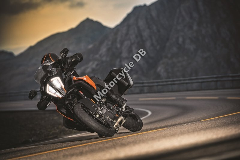 KTM 1290 Super Adventure S 2017 28728