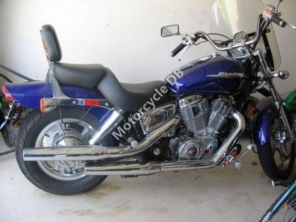 Honda VT 1100 C Shadow Spirit 2002 9394