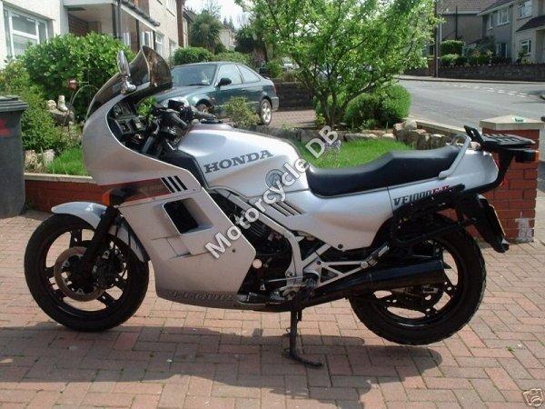 Honda VF 1000 F 1986 6751