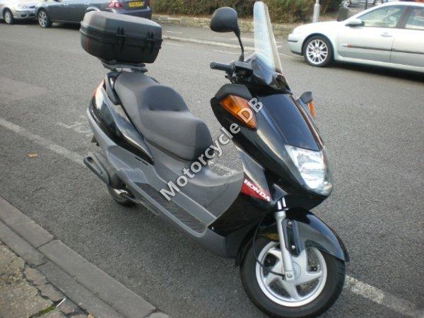 Honda FES 250 Foresight 2000 19427