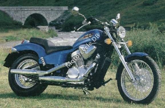 Honda VT 600 C Shadow 2000 16396