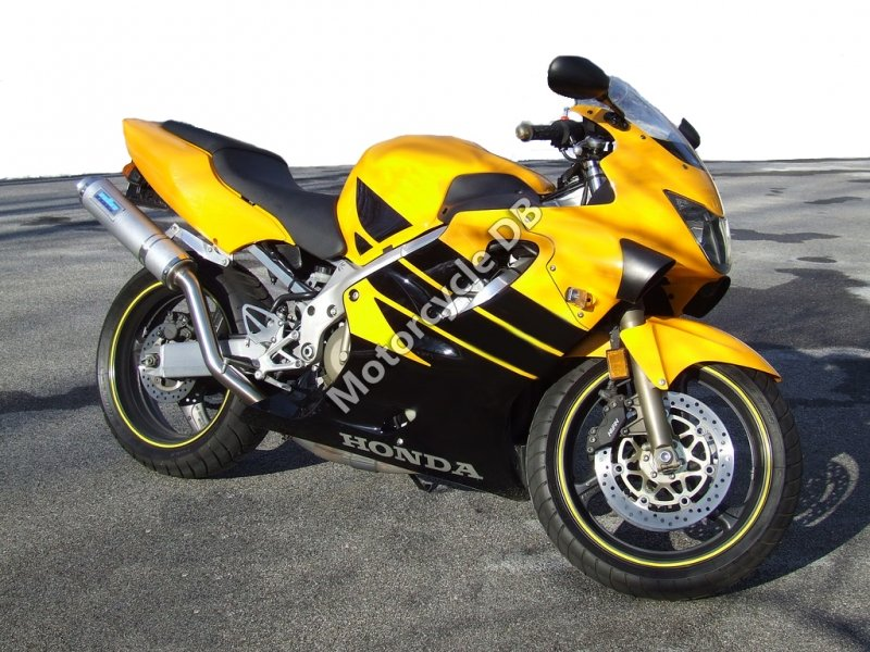 Honda CBR 600 F 1999 30570