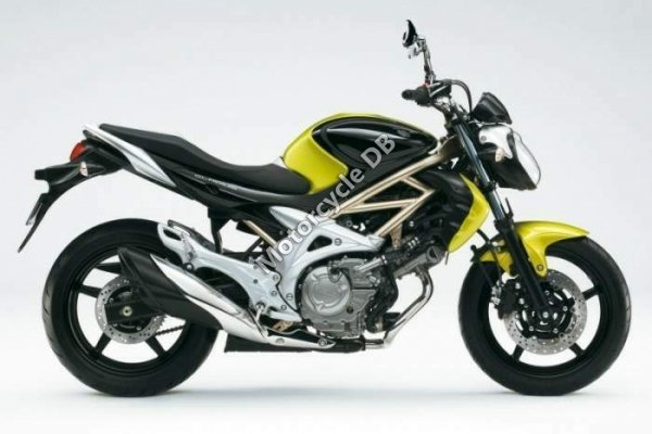 Suzuki SFV650 Gladius 2009 10530