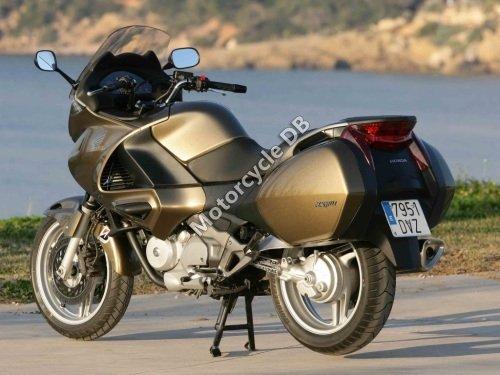 Honda NT700V Deauville 2009 16941