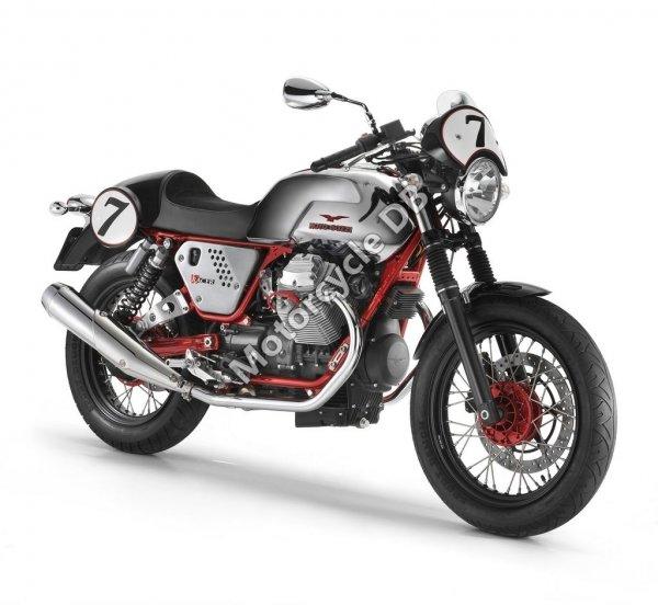 Moto Guzzi V7 Racer 2012 22148