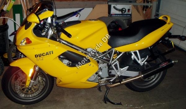 Ducati ST 2 2001 14550