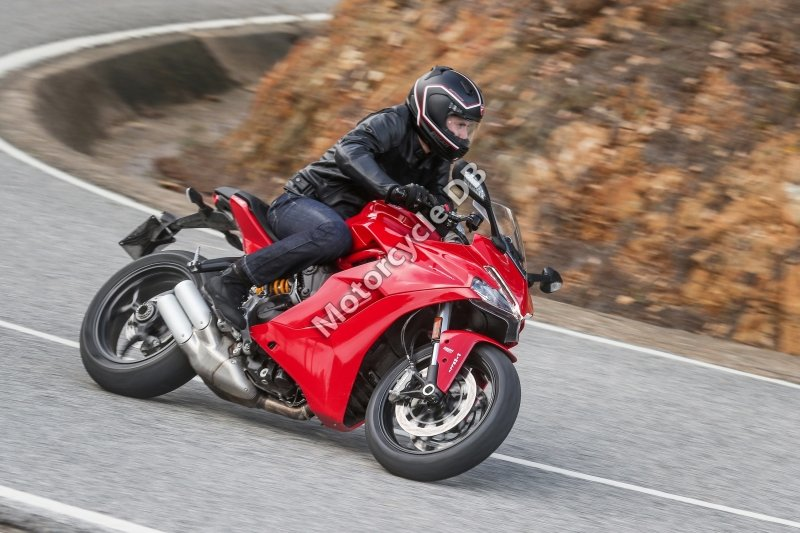 Ducati SuperSport 2018 31608