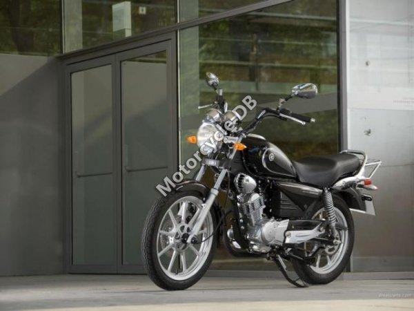 Yamaha YBR125 Custom 2008 17703
